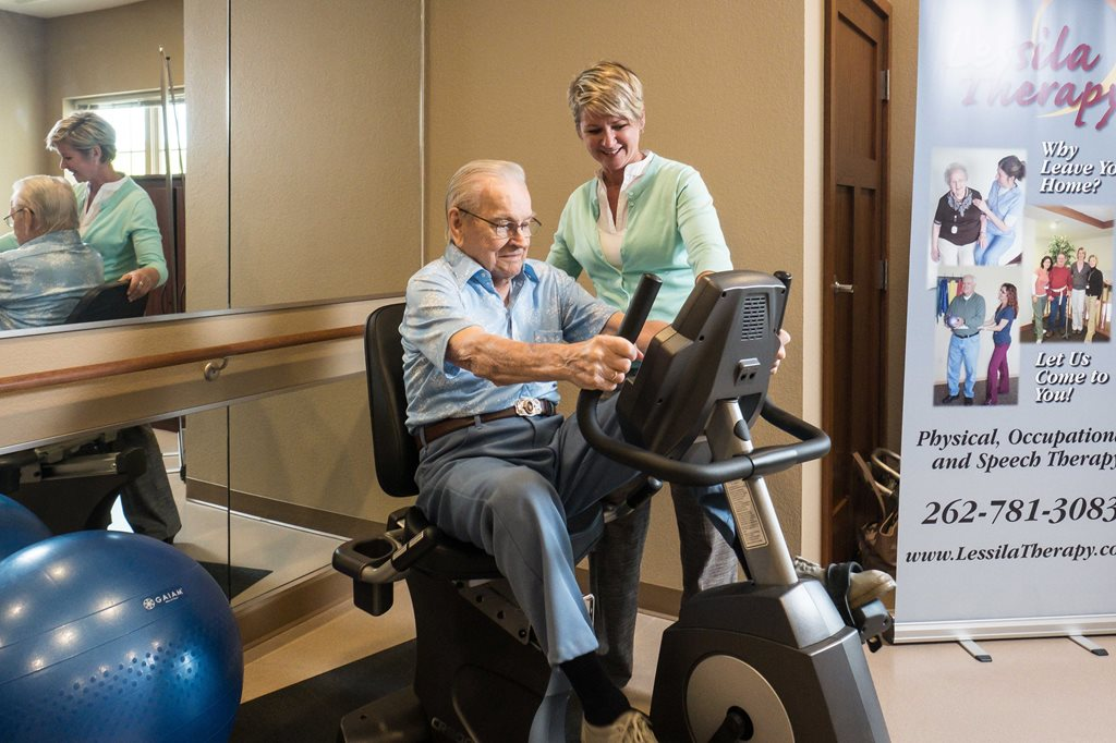 lincoln-village-senior-living-indoor-fitness